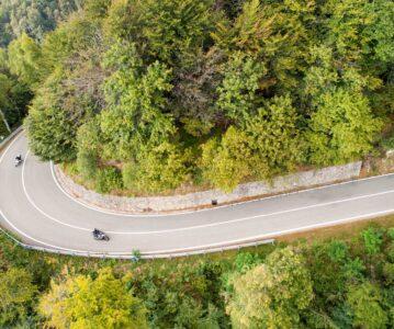 ¡El mes de la moto! La mejor promoción de alojamiento para descubrir las rutas moteras del Occidente de Asturias